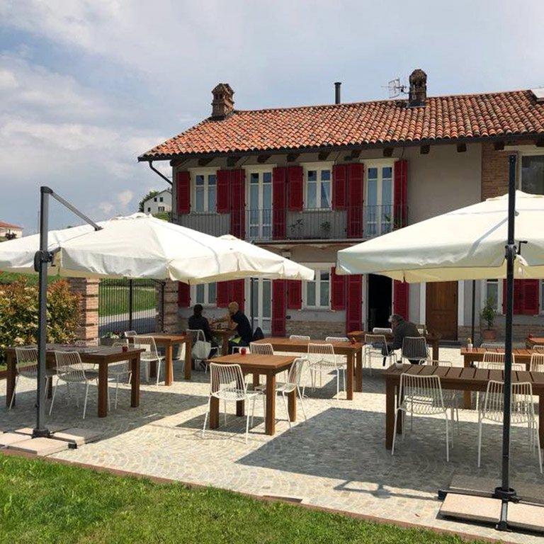 7 imperdibili ristoranti con vista nelle Langhe - Langhuorino