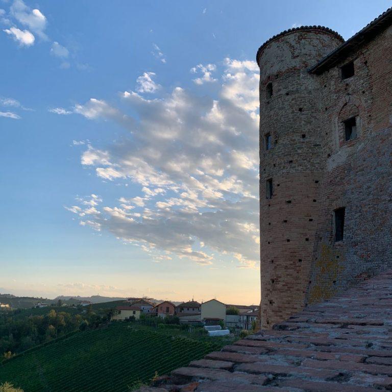 castello castiglione falletto